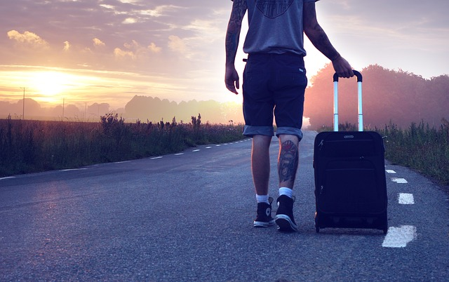 לארוז מזוודה לטיול